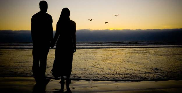 couple-sunset-625x320